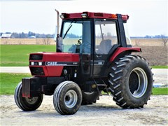 Tractor For Sale 1990 Case IH 685 , 73 HP