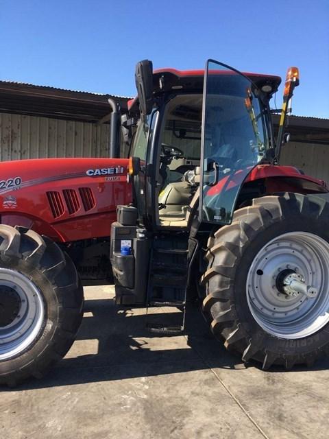 2018 Case IH PUMA 220 CVT Tractor