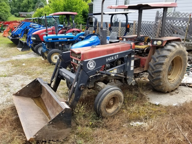 1986 Case IH 685 2WD LDR Tractor For Sale