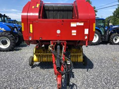 Baler-Round For Sale 2005 New Holland BR740