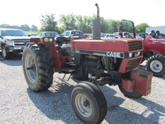 Tractor For Sale 1987 Case IH 685 , 73 HP