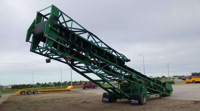 2014 McCloskey International 36X80 DKT Conveyor - Stacking For Sale