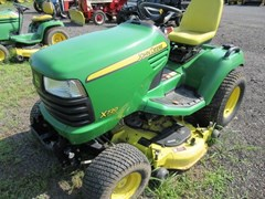 Riding Mower For Sale 2008 John Deere X720 , 27 HP