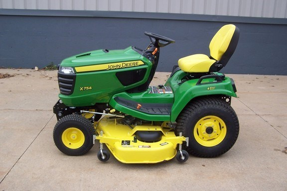 2018 John Deere X754 Riding Mower For Sale