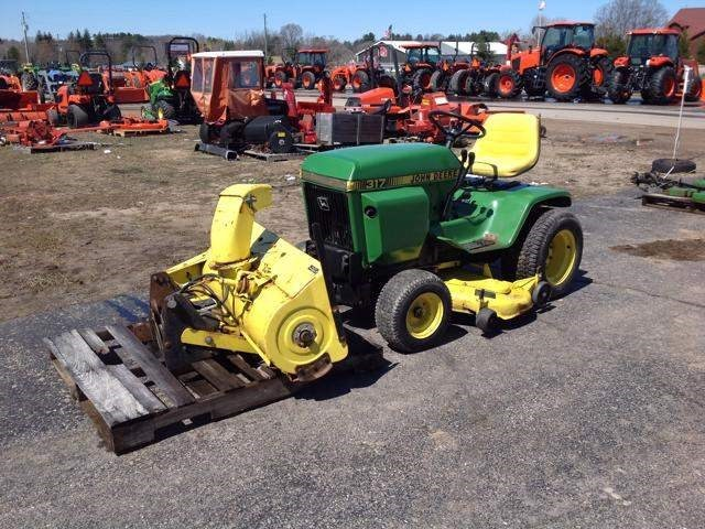 1981 John Deere 317 Riding Mower For Sale