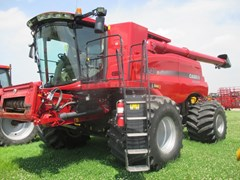 Combine For Sale 2105 Case IH 8240