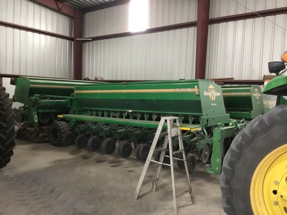 2005 Great Plains 3S4000HD 4810-05 Grain Drill For Sale
