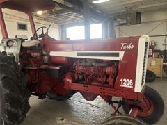 Tractor For Sale 1984 International 1206 , 110 HP