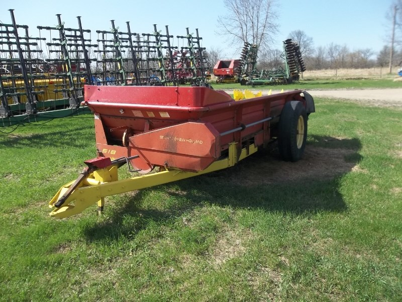 New Holland 518 Manure Spreader-Dry For Sale