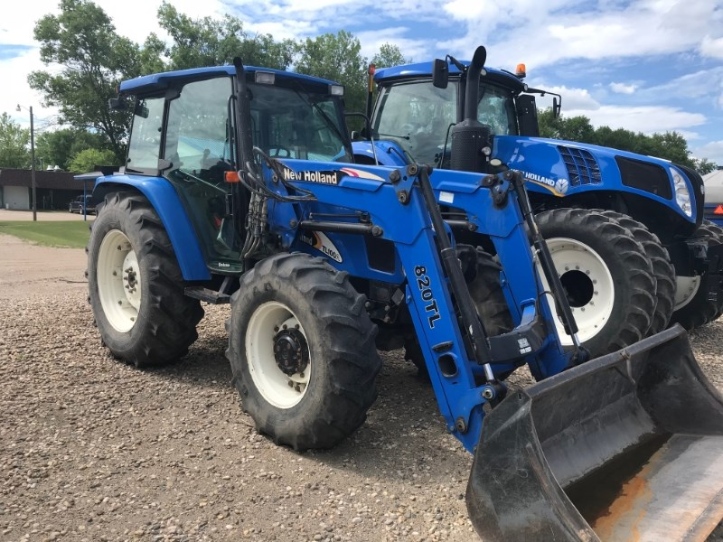 2006 New Holland TL100A Tractor For Sale