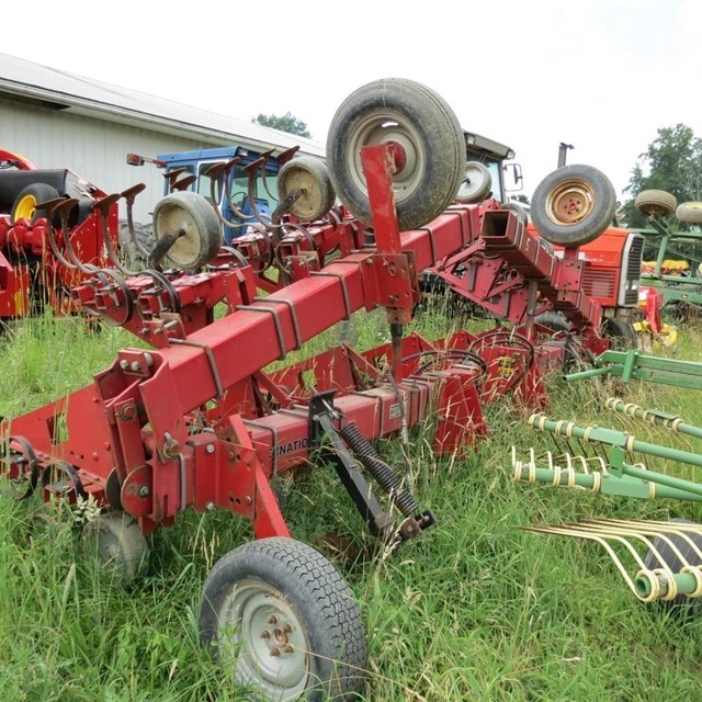 Case IH 183 Row Crop Cultivator For Sale