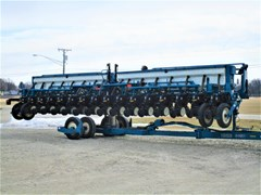 Planter For Sale 2005 Kinze 3650