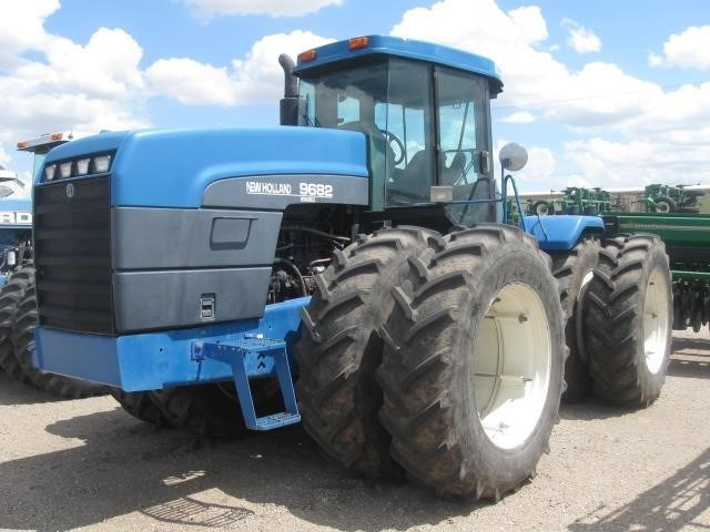 1997 New Holland 9682 Tractor For Sale