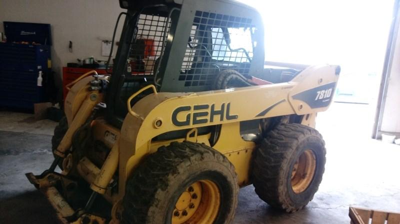 Gehl SL7810 Skid Steer For Sale