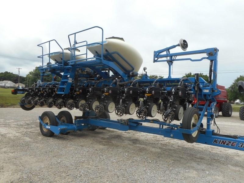 2013 Kinze 3660-12/23RN Planter For Sale