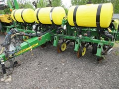 Planter For Sale 2012 John Deere 1750