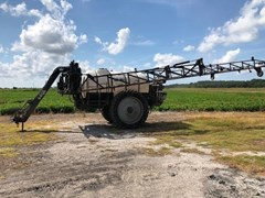 Sprayer-Pull Type For Sale 2013 Wylie PIVOTRAKR
