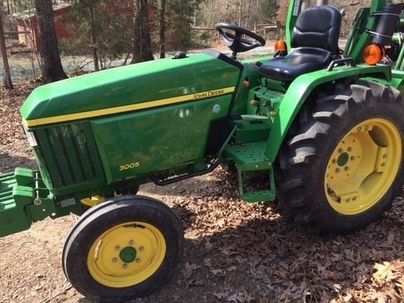 2010 John Deere 3005 Tractor For Sale