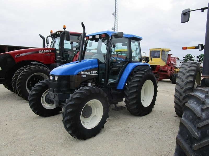 2001 New Holland TS110 Tractor For Sale