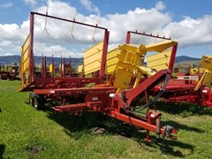 Bale Wagon-Pull Type For Sale 2006 New Holland 1037