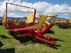 Bale Wagon-Pull Type For Sale 1990 New Holland 1037