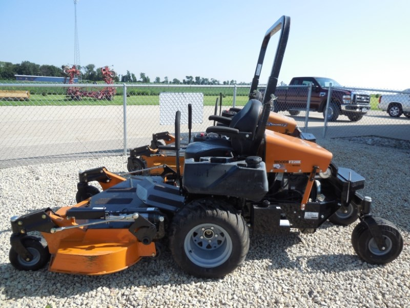 2017 Woods FZ28K-B Riding Mower For Sale