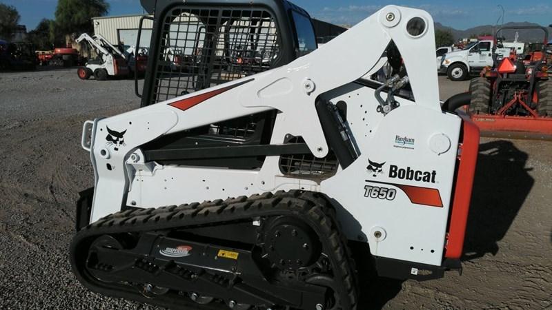 Bobcat T650 T4 Skid Steer-Track