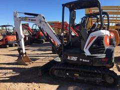 Excavator-Track :  Bobcat E35I T4