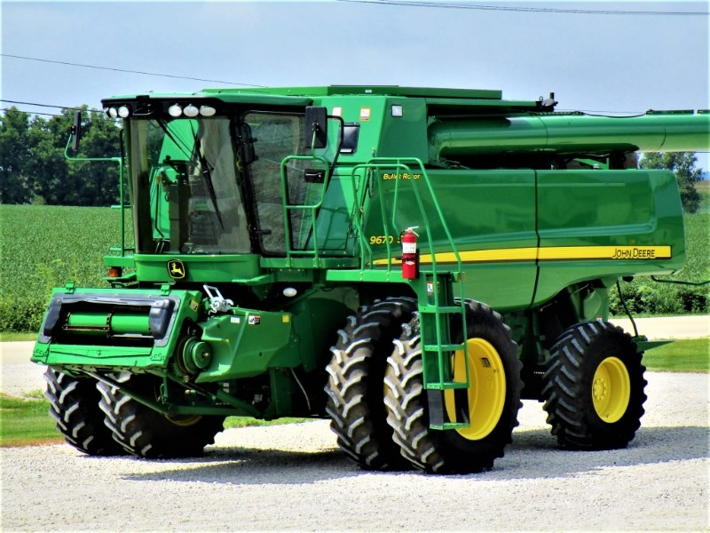 2009 John Deere 9670 STS Combine For Sale