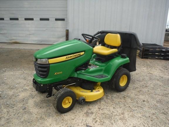 2011 John Deere X300 Riding Mower For Sale