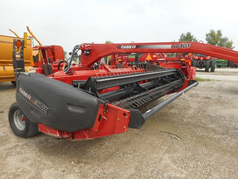 2007 Case IH SC101-14 Windrower-Pull Type For Sale