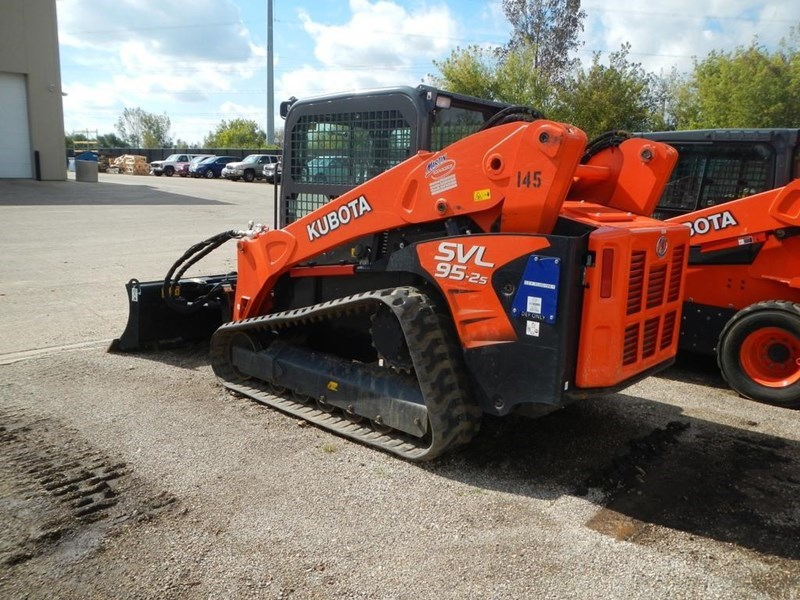 2017 Kubota SVL95-2S Skid Steer-Track » Martin Implement
