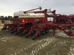 Planter For Sale 1996 Case IH 955