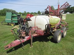 Sprayer-Pull Type For Sale Hardi 500 GAL