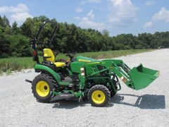 Tractor For Sale 2018 John Deere 2025R , 19 HP
