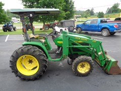 Tractor For Sale 2001 John Deere 4400 , 35 HP