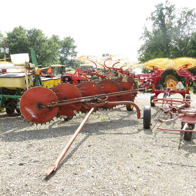 New Idea 404 Tedder For Sale