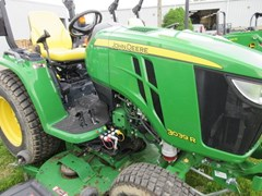 Tractor For Sale 2014 John Deere 3039R , 39 HP