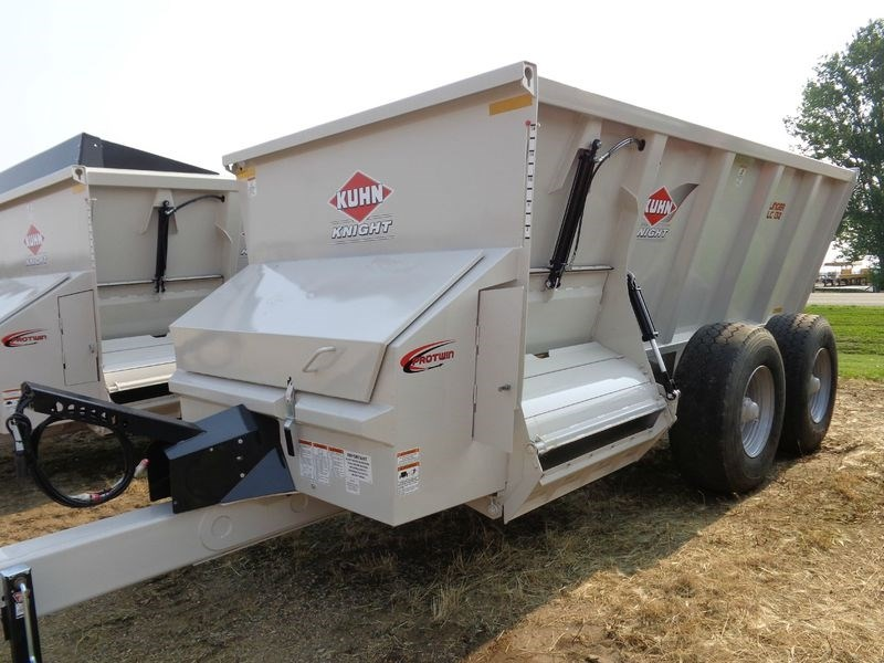 2017 Kuhn Knight SLC132 Manure Spreader-Dry/Pull Type For Sale