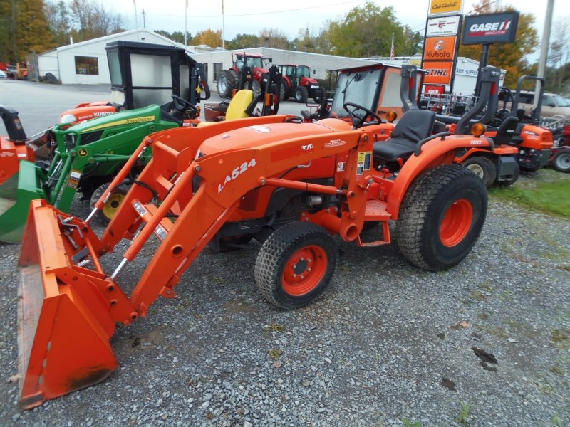 2014 Kubota L3800HST Tractor - Compact For Sale