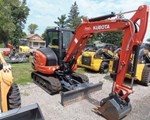 Excavator-Mini For Sale: 2014 Kubota KX0404R3T, 42 HP