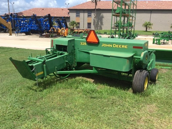 Photos of 2014 John Deere 328 Baler-Square For Sale