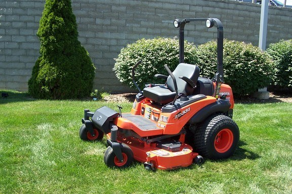 2011 Kubota ZD331P60 Riding Mower For Sale