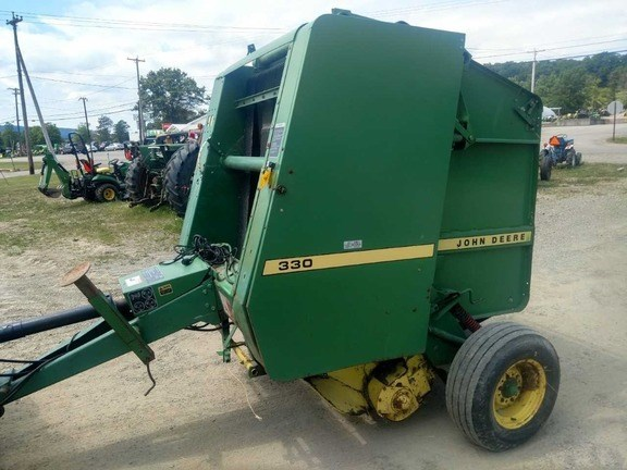 1988 John Deere 330 Baler-Round For Sale