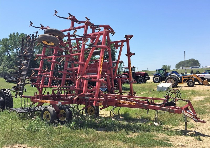 Sunflower 5033-29 Field Cultivator For Sale