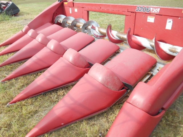 2010 Case IH 3206 Header-Corn For Sale