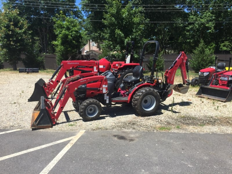 2015 Mahindra MX26GILB Tractor - Compact For Sale