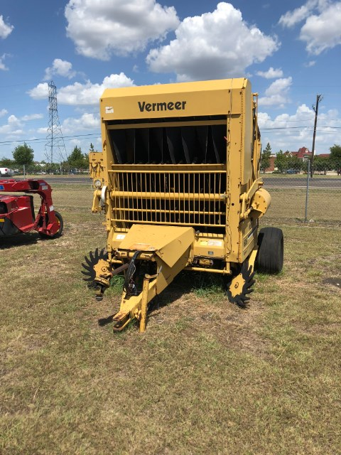Vermeer 6050 Baler-Round For Sale