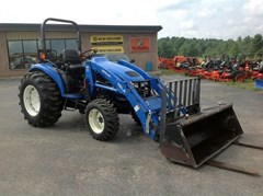 Tractor For Sale:  2002 New Holland TC35D , 35 HP