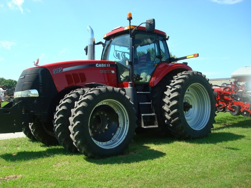 2007 Case IH 305 MAGNUM Tractor For Sale